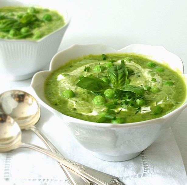dreamy creamy pea soup