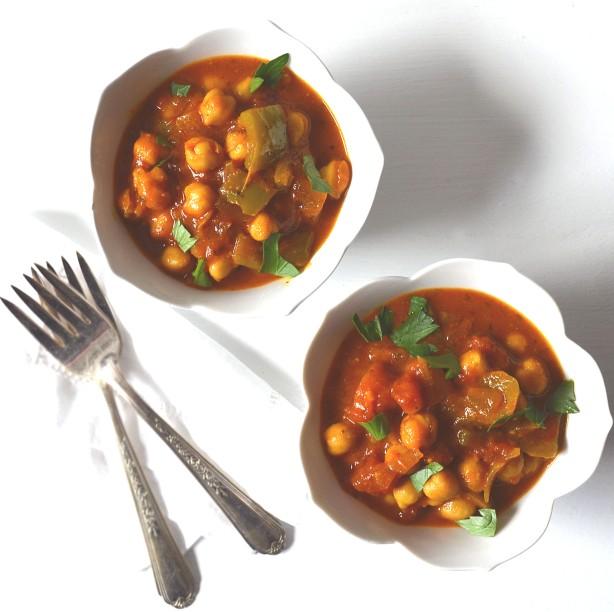 Moroccan Chickpea & Saffron Stew